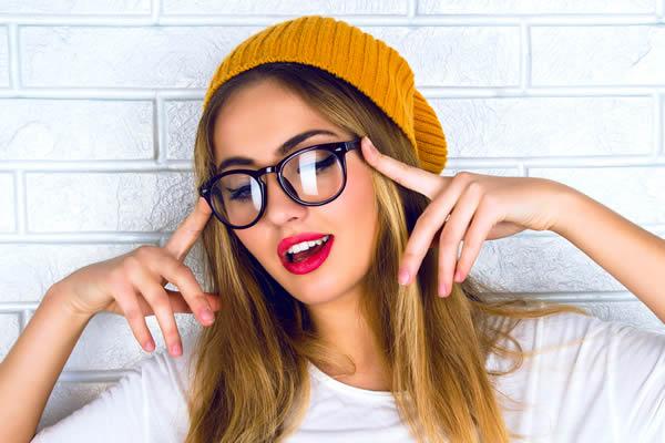 Brille für Damen - Stil jugendlich / frech - Optik Zach Aschaffenburg